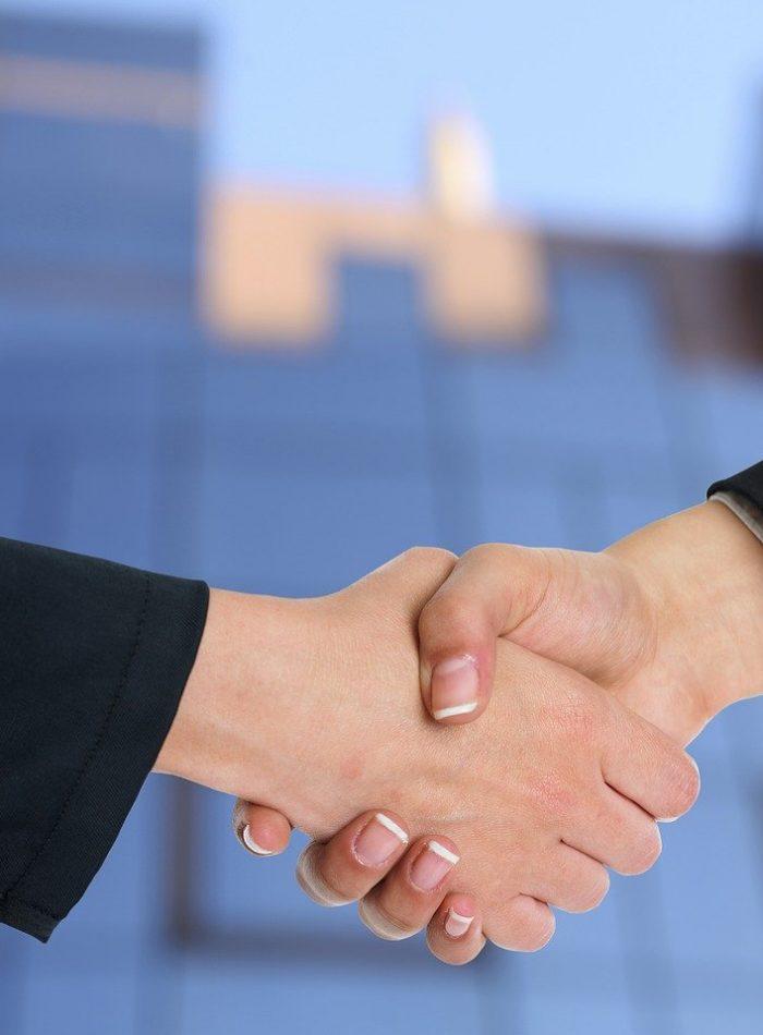 handshake-3298455_1280